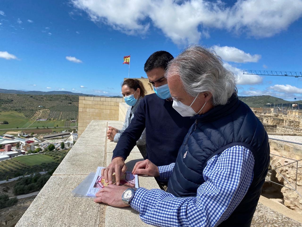 Marino, Merce Flores y arquitecto turespaña visita parador